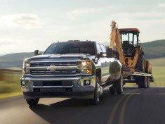 2015-Chevrolet-Silverado-3500HD-towing