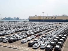 kia-cars-awaiting-shipment-at-pyeongtaek-port_1