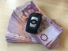 pénz, forint, BMW