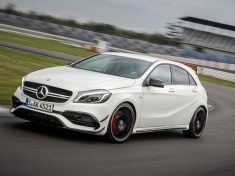 2016-Mercedes-AMG-A45-4Matic-track-test_23
