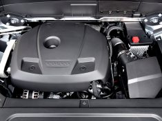 2017-volvo-xc90-engine