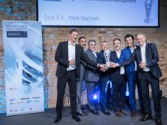 SEAT_Manufacturing_Excellence_Award_1_HQ