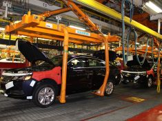 2014-chevrolet-impala-production-at-oshawa-assembly-01