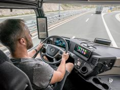 Mercedes-Benz Actros, Modelljahr 2018, mit Active Brake Assist 5