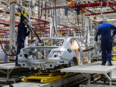 In der Region Moskau startet die Produktion für den lokalen Markt: Mercedes-Benz Cars eröffnet Pkw-Werk in RusslandProduction for the local market starts in the Moscow region: Opening of Mercedes-Benz Cars passenger car plant in Russia