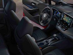 Toyota_Corolla_Hatchback_2